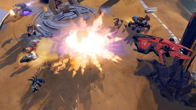 Halo 3. Legendární voják Master Chief se potřetí vrací opět v dokonalé formě, aby.